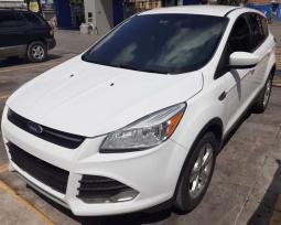 2014 Ford Escape SE en venta.