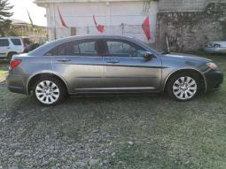 2012 Chrysler 200 en venta.