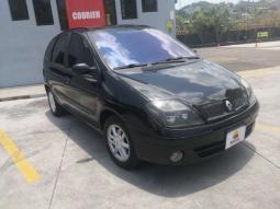 2002 Renault Clio en venta.
