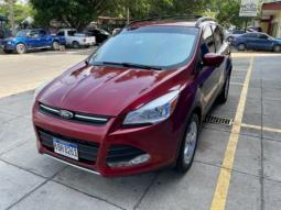 2013 Ford Escape en venta.
