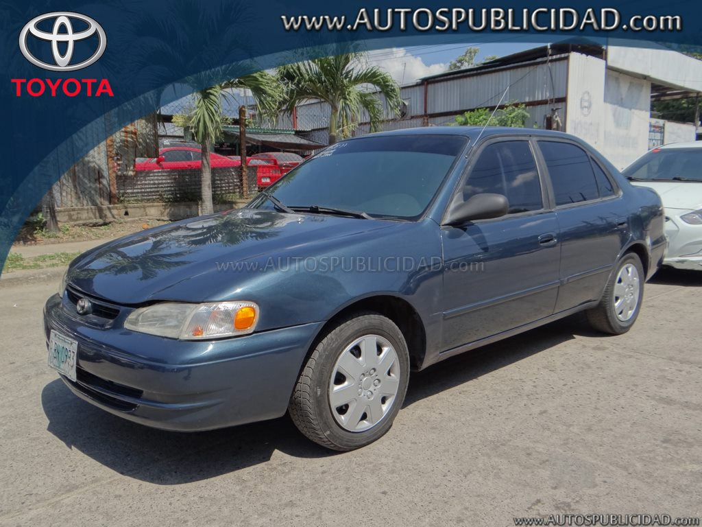 2000 Toyota Corolla en venta.