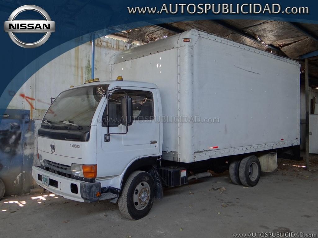 1998 Nissan UD 1400 en venta.