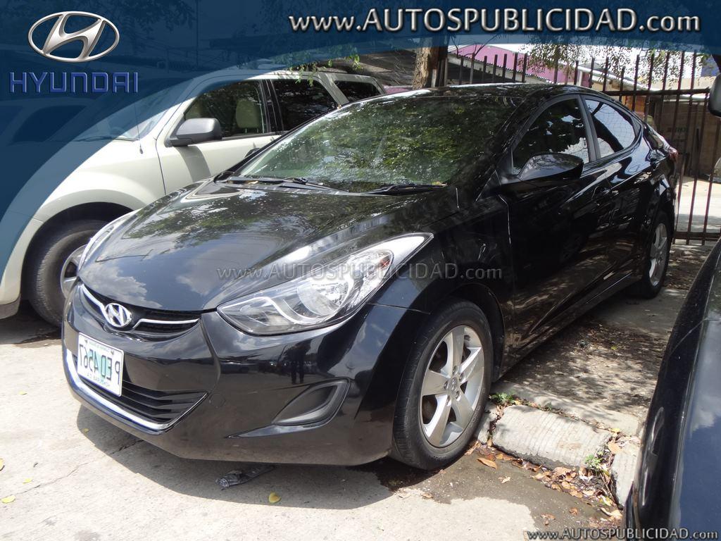 2011 Hyundai Elantra en venta.